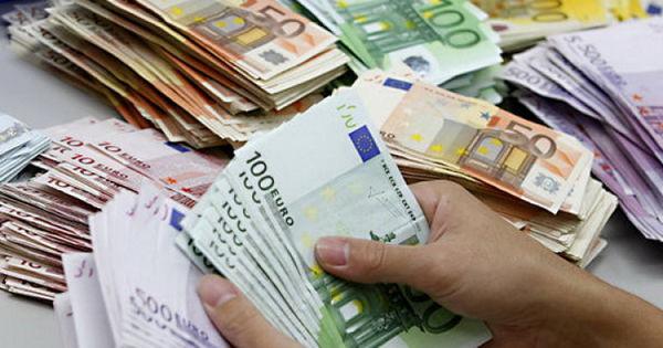 Cu cât au crescut rezervele valutare ale BNM în luna iunie thumbnail