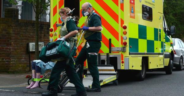 Число жертв коронавируса в Британии приближается к 36,4 тысячи человек thumbnail