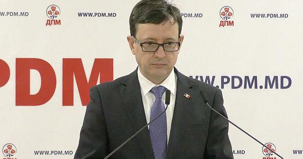 Guvernatorul BNM: Din cele 36,15% acțiuni ale FinComBank au fost vândute 8,72% thumbnail