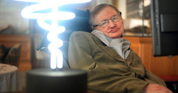 Ученые узнали о механизме, который защищает мозг от болезни Стивена Хокинга thumbnail