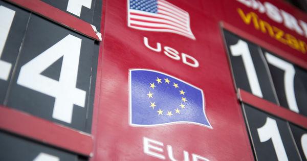 Curs valutar 13 mai 2020: Cât valorează un euro și un dolar thumbnail