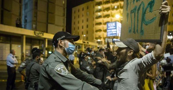 В Израиле вспыхнули протесты: люди недовольны введением нового карантина thumbnail