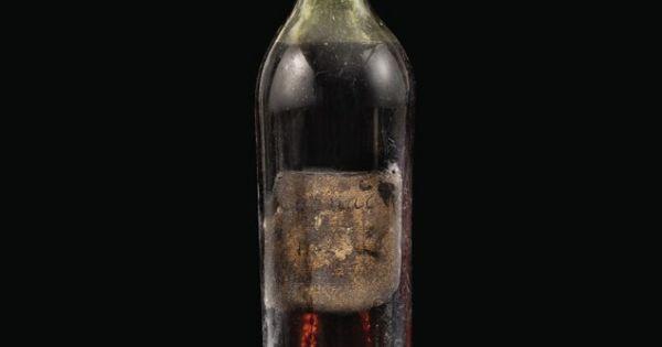 Coniac vechi de 258 de ani, vândut la licitație. Cu cât a fost cumpărat thumbnail