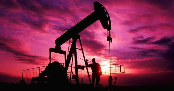 Новак оценил ситуацию на рынке нефти thumbnail