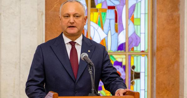 Dodon: Nu voi accepta o majoritate parlamentară din transfugi thumbnail