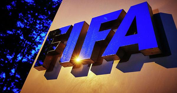 Coronavirus: FIFA lucrează la un plan Marshall pentru fotbal thumbnail