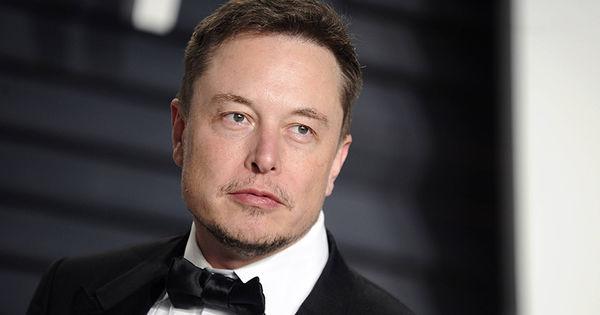 Илон Маск надеется успешно чипировать человеческий мозг в ближайший год thumbnail