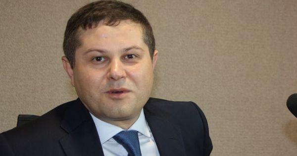 Consilierul lui Chicu: Guvernul ştie ce să facă în situaţia de criză thumbnail
