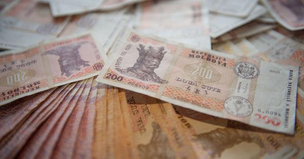 Până în anul 2023, datoria de stat va creşte de două ori şi va trece de 105 miliarde lei thumbnail
