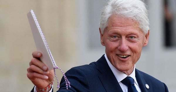 Через год увидит свет вторая книга Билла Клинтона thumbnail