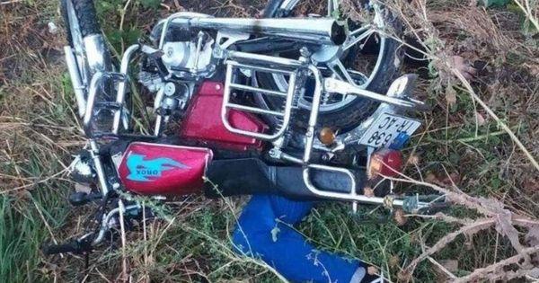 В Тараклии мужчина на мотоцикле погиб после падения с моста thumbnail