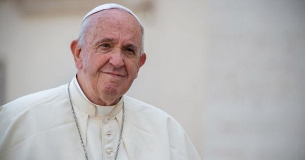 Moment special la Vatican: Papa Francisc, mesaj și rugăciune pentru omenire thumbnail