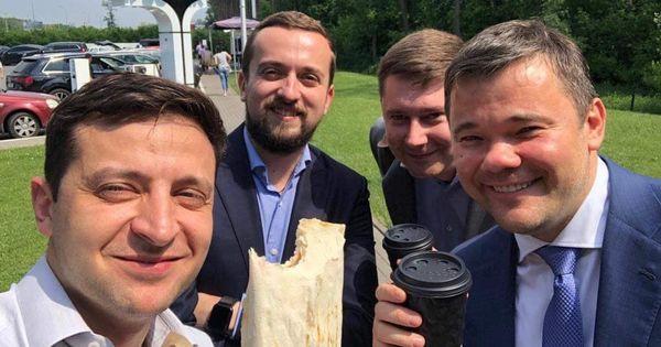 Зеленський похвалився пряником від дітей Донбасу - Цензор.НЕТ 5670