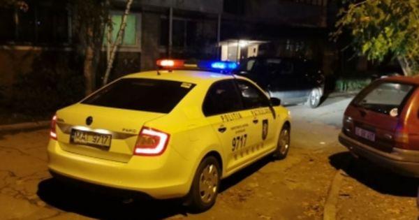 В Кишиневе ночью патрульные задержали пьяного водителя, пытавшегося скрыться thumbnail