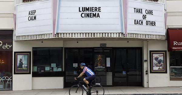 В Калифорнии из-за COVID-19 прекращают работу кинотеатры и бары thumbnail
