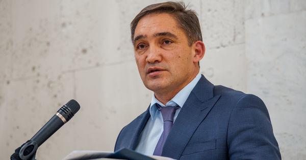 Deputat PSRM: Am auzit că Stoianoglo ar urma să vină în Parlament thumbnail