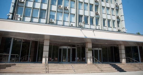 Frauda bancară: Procurorii au ridicat o serie de acte de la sediul BNM thumbnail