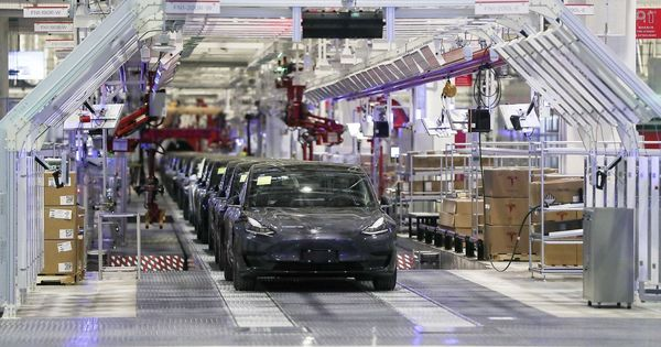 Tesla выпустила рекордное количество электромобилей thumbnail