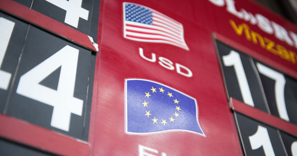 Curs valutar 4 iunie 2020: Cât valorează un euro și un dolar thumbnail