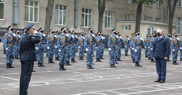Peste 100 de studenți ai Academiei Ștefan cel Mare au jurat credință Patriei thumbnail
