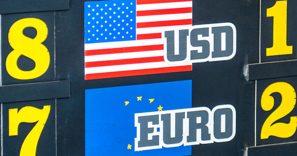 Curs valutar 20 martie 2020: Cât valorează un euro și un dolar thumbnail