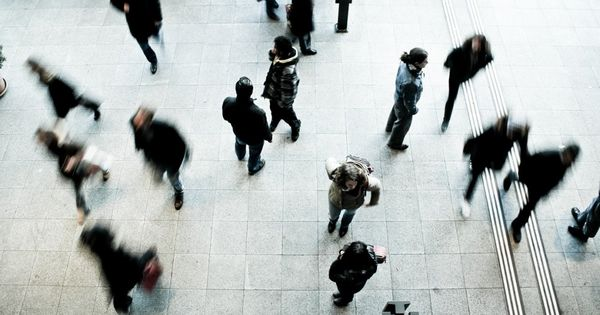 SUA plănuiesc redeschiderea țării în ciuda numărului mare de infectați thumbnail