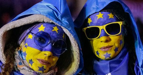 Украина готова помочь странам ЕС спиртом для борьбы с коронавирусом thumbnail