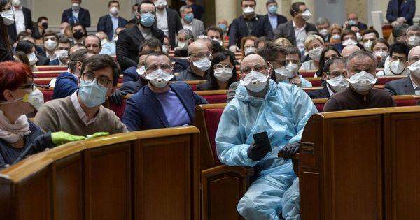 Депутаты Рады ушли на карантин из-за вспышки коронавируса thumbnail