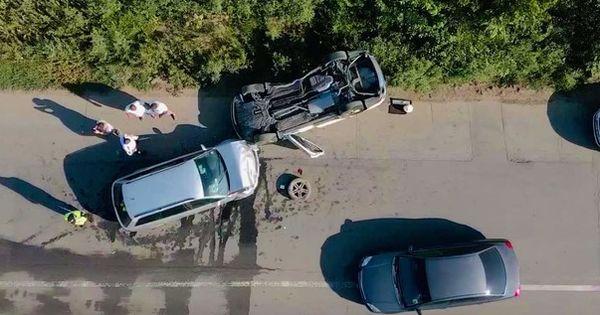 На выезде из Кишинева произошла авария: двое водителей госпитализированы thumbnail