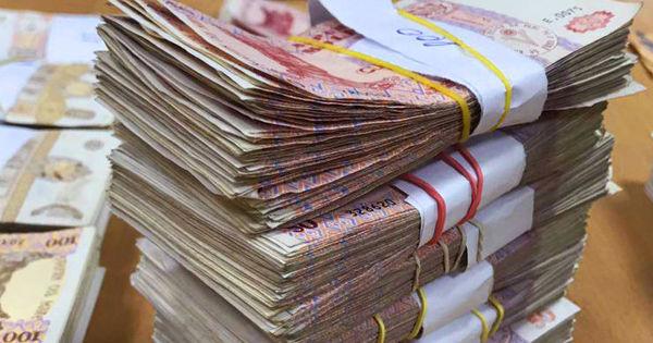 Experţi: R. Moldova are o economie bolnavă. Băncile nu au cui oferi bani thumbnail