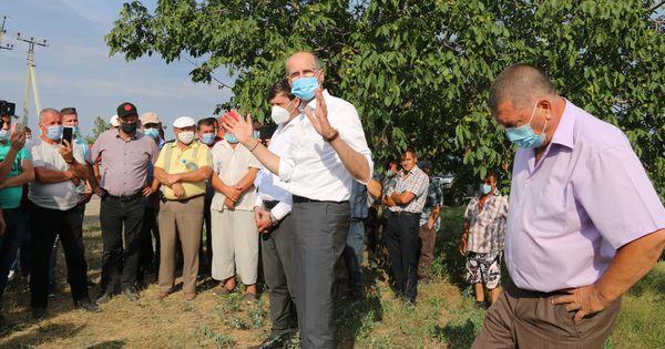 Пержу: Правительство продолжит поддерживать фермеров thumbnail