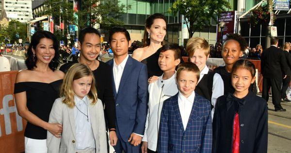 Анджелина Джоли запретила детям навещать родителей Брэда Питта thumbnail