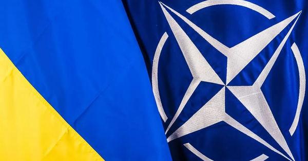 НАТО договорилось с Украиной об усилении присутствия на Черном море thumbnail