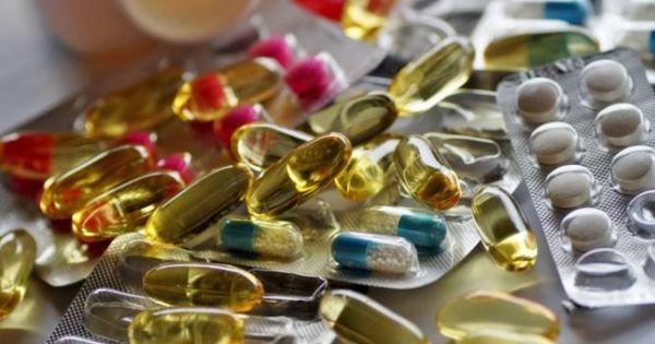 Un medicament pentru tratarea COVID-19 ar putea fi disponibil până la vară thumbnail