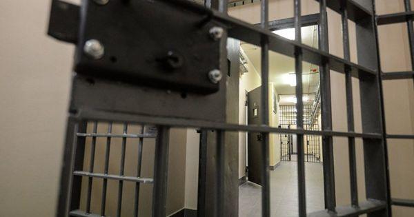 В тюрьмах Молдовы содержится более 6500 человек thumbnail