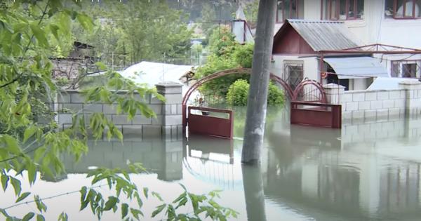 В Меренештах затоплены дома и огороды thumbnail