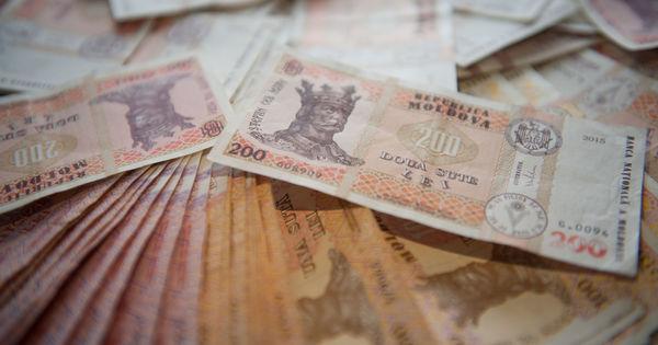 Ministerul Finanţelor: Datoria de stat a R. Moldova a ajuns la 61,18 miliarde lei thumbnail