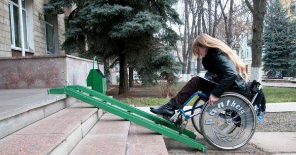 Asigurarea accesibilităţii persoanelor cu dizabilităţi este problematică thumbnail