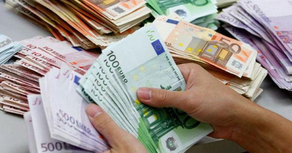Analist: Meritele debursării celor 30 de mln de euro aparțin opoziției și societății civile thumbnail