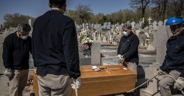 В Испании объявят траур по жертвам пандемии thumbnail