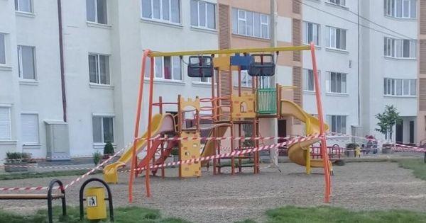 Terenurile de joacă din Capitală, închise. Apelul lui Ceban către părinți thumbnail