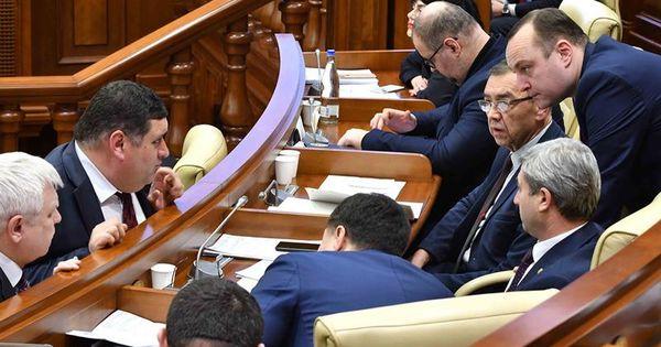 ПСРМ зарегистрировала в парламенте законопроект об особом статусе русского языка