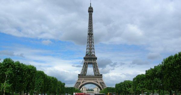 Toţi străinii care intră în Franţa vor avea nevoie de permise thumbnail