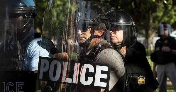 Трамп допустил возможность роспуска полиции в ряде городов США thumbnail
