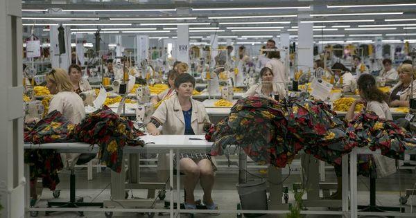 Industria textilă, în impas: Unele companii închise cer suport de la stat thumbnail
