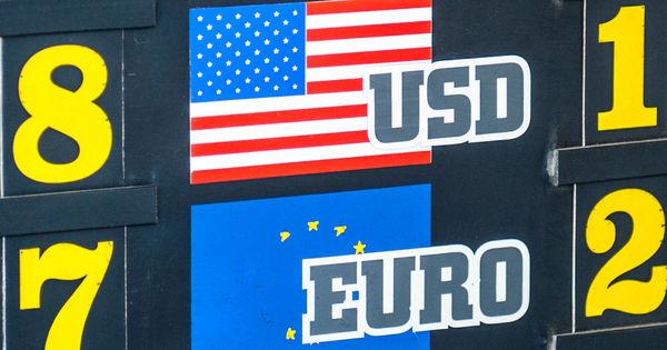 Curs valutar 7 mai 2020: Cât valorează un euro și un dolar thumbnail