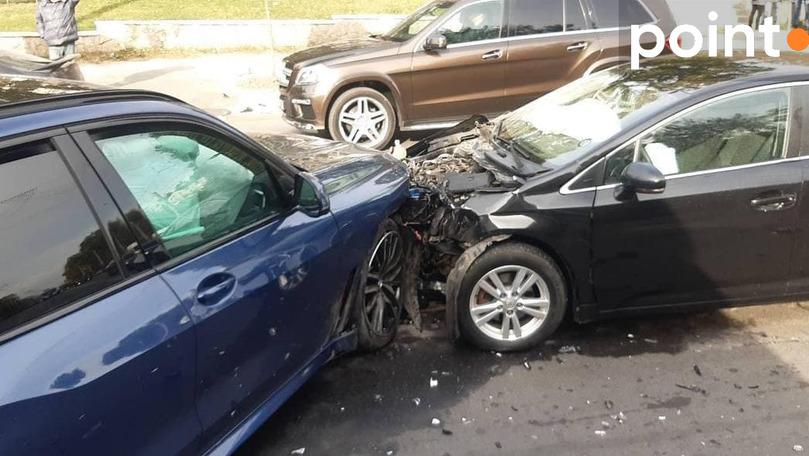 Accident în Capitală: Două automobile au fost grav avariate