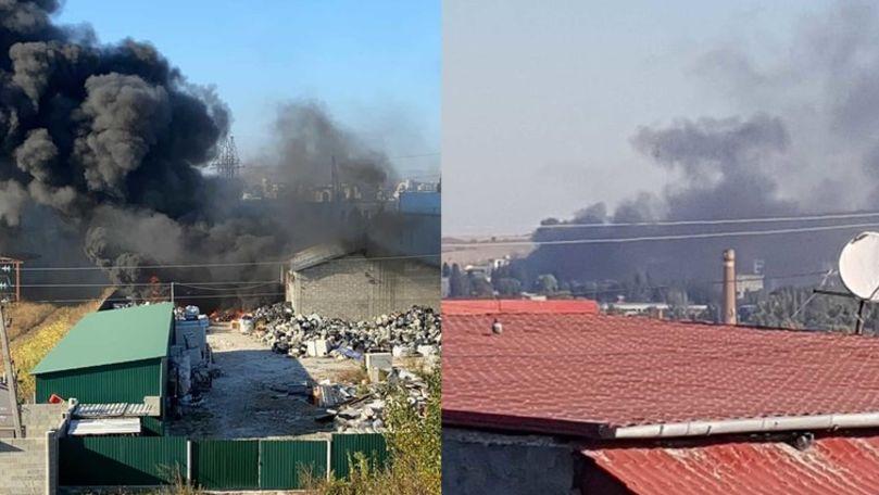 Incendiu în Capitală: 70 de salvatori și pompieri au luptat cu flăcările