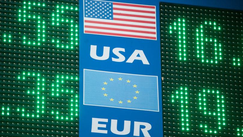 Curs valutar 1 octombrie 2021: Cât valorează un euro și un dolar