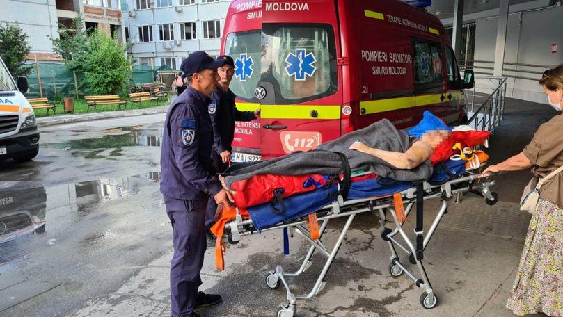 O moldoveancă, transportată din Ucraina cu un echipaj SMURD